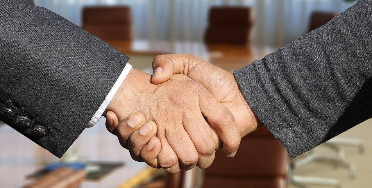 Jak można rozwiązać umowę o pracę